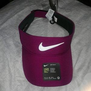NWT Nike aerobill dri-fit women hat
